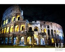 I first visited the Coloseum during the day and it was crowded and sky conditions made it tough to get a good picture. I knew it'd look magnificent at night, so I defied all safety warnings and ventured over once it got dark. I arrived shortly after midnight and the view was perfect! :)